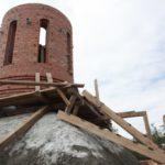 Продолжается строительство храма